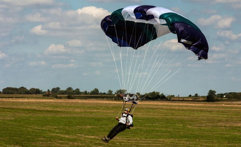 Prizemljenje padobranom